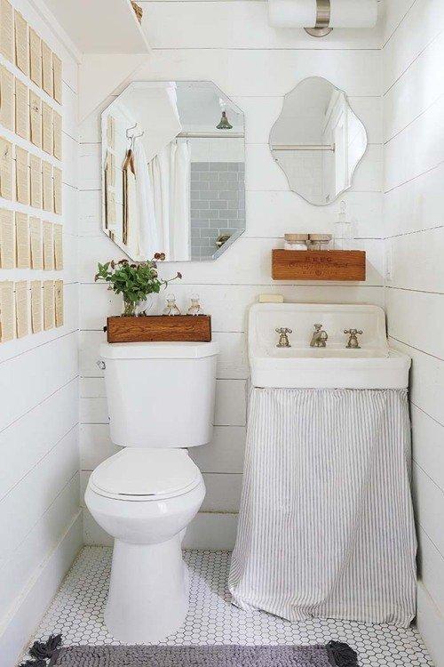 Фотография: Ванная в стиле Скандинавский, Мебель и свет, Белый, Переделка, Дача – фото на InMyRoom.ru