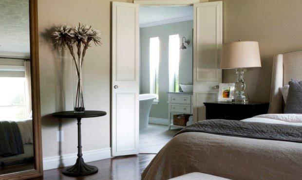 Фотография: Спальня в стиле Прованс и Кантри, DIY, Дом, Цвет в интерьере, Дома и квартиры, Белый – фото на InMyRoom.ru