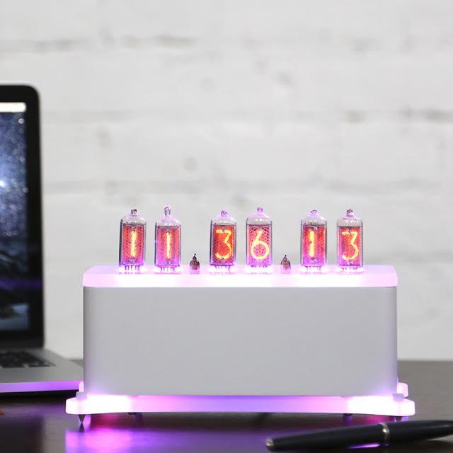 Купить Ламповые часы Levitation Deluxe Sensual, inmyroom, Россия