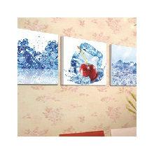 Декоративная картина:Морозная вишня