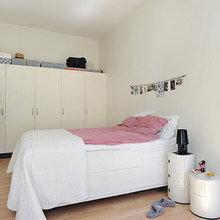 Фотография: Спальня в стиле Скандинавский, Минимализм, Декор интерьера, Интерьер комнат, Цвет в интерьере, Белый – фото на InMyRoom.ru