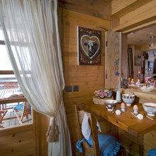 Фотография: Кухня и столовая в стиле Кантри, Дом, Дома и квартиры, Камин – фото на InMyRoom.ru