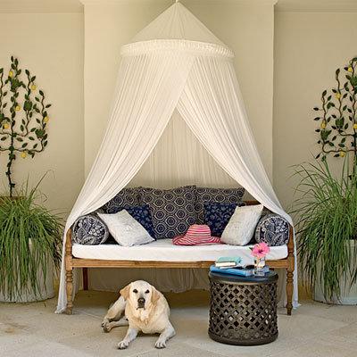 Фотография: Декор в стиле Восточный, Спальня, Декор интерьера, Декор дома, Свечи – фото на INMYROOM