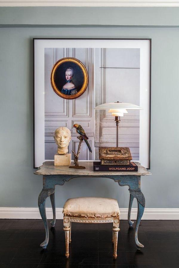 Фотография: Мебель и свет в стиле , Декор интерьера, Франция, Антиквариат, Цвет в интерьере, Индустрия, Люди, История дизайна, Ампир – фото на InMyRoom.ru