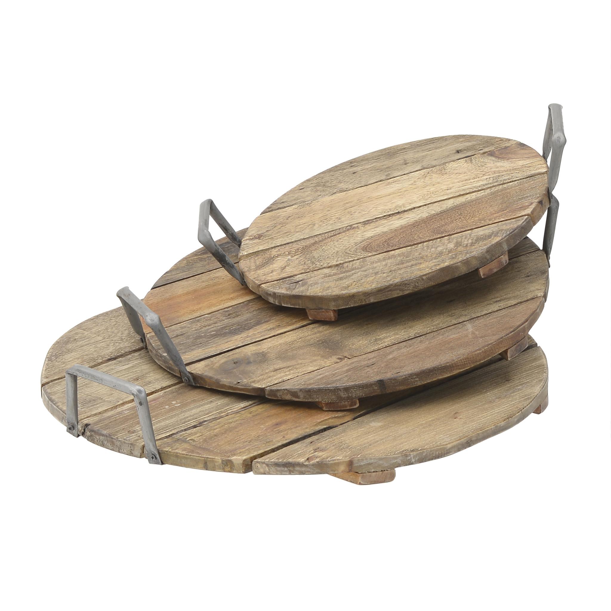 Набор из трех подносов из дерева