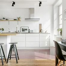 Фотография: Кухня и столовая в стиле Скандинавский, Малогабаритная квартира – фото на InMyRoom.ru