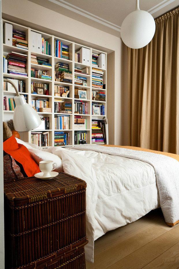 Фотография: Спальня в стиле Современный, Малогабаритная квартира, Советы, Ирина Крашенинникова – фото на InMyRoom.ru