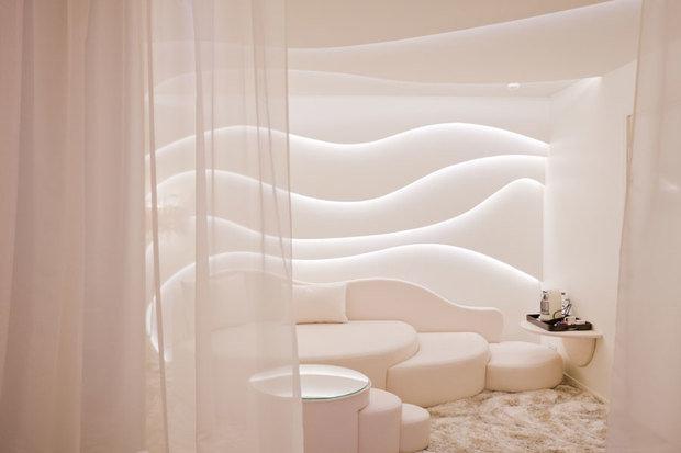 Фотография: Декор в стиле Современный, Интерьер комнат, Мебель и свет, Подсветка, Торшер – фото на InMyRoom.ru