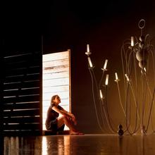 Фотография: Мебель и свет в стиле Эклектика, Декор интерьера, Люстра – фото на InMyRoom.ru