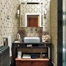 Фотография: Ванная в стиле Кантри, Декор интерьера, Квартира, Терраса, Дома и квартиры, Лестница, Картины, Балки – фото на InMyRoom.ru