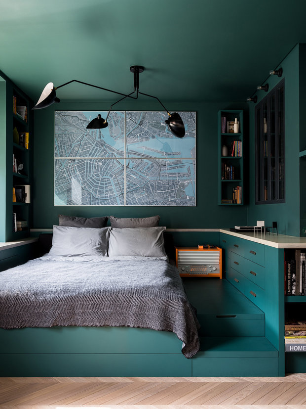 Фотография: Спальня в стиле Скандинавский, Цвет в интерьере, Краски, Интервью, цветовая гамма интерьера, Как выбрать цвет краски для стен, Little Greenе, Дэвид Моттерсхед – фото на INMYROOM