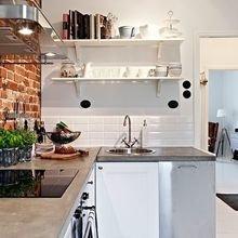 Фотография: Прихожая в стиле Скандинавский, Кухня и столовая, Декор интерьера – фото на InMyRoom.ru