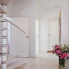 Фото из портфолио Строгая геометрия в интерьере 2 уровневой квратиры – фотографии дизайна интерьеров на InMyRoom.ru
