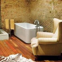 Фотография: Ванная в стиле Эклектика, Декор интерьера, Дом, Антиквариат, Дома и квартиры, Стена, Мадрид – фото на InMyRoom.ru