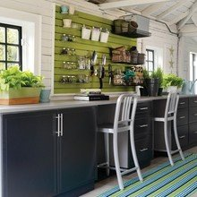 Фотография: Кухня и столовая в стиле Кантри, Декор интерьера, Дизайн интерьера, Цвет в интерьере – фото на InMyRoom.ru