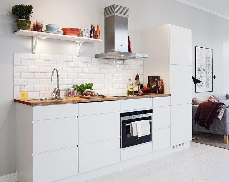 Фотография: Кухня и столовая в стиле Скандинавский, Малогабаритная квартира, Квартира, Дома и квартиры, Гетеборг – фото на InMyRoom.ru
