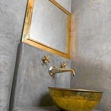 Фотография: Ванная в стиле Лофт, Восточный, Декор интерьера, Квартира, Декор, Советы, раковина, раковина в ванной – фото на InMyRoom.ru
