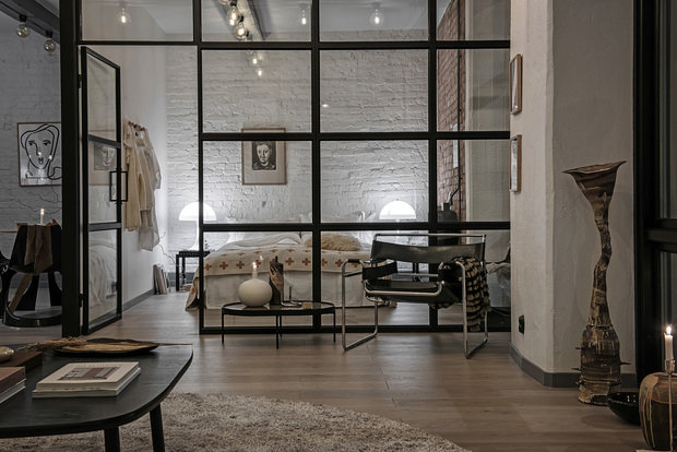 Фотография: Спальня в стиле Лофт, Декор интерьера, Швеция, Белый, Черный, Стокгольм, 2 комнаты, 40-60 метров – фото на INMYROOM