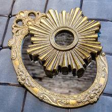 Настенное зеркало Олимп восьмиугольной формы