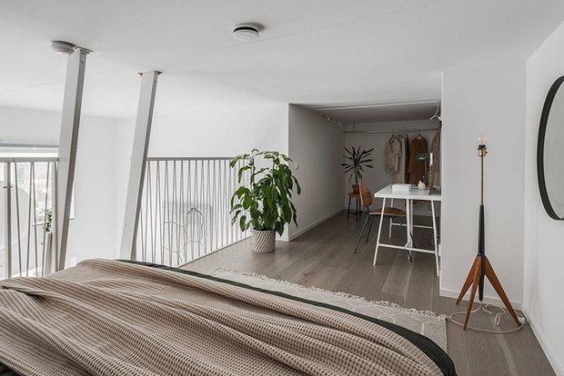 Фотография: Спальня в стиле Скандинавский, Декор интерьера, Квартира, Белый, Минимализм, Бежевый, до 40 метров – фото на INMYROOM