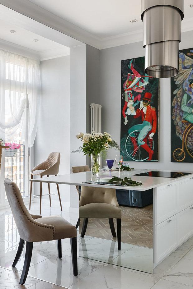 Фотография: Кухня и столовая в стиле Классический, Современный, Эклектика, Квартира, Проект недели, Санкт-Петербург, 2 комнаты, 60-90 метров, Инна Азорская – фото на INMYROOM