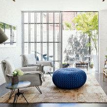 Фотография: Гостиная в стиле Лофт, Восточный, Декор интерьера, Мебель и свет – фото на InMyRoom.ru