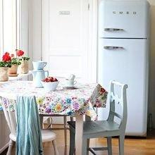 Фотография: Кухня и столовая в стиле Кантри, Декор интерьера, Декор, весенний декор интерьера – фото на InMyRoom.ru