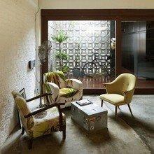 Фотография: Гостиная в стиле Лофт, Квартира, Дома и квартиры, Лестница – фото на InMyRoom.ru