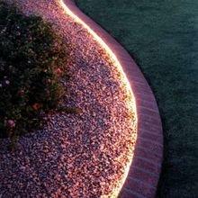 Фотография: Ландшафт в стиле , Мебель и свет, Дом и дача, как осветить дачный участок, как выбрать фонари для сада – фото на InMyRoom.ru