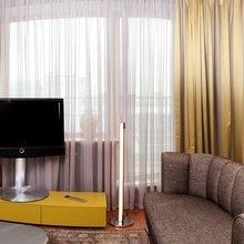 Фотография: Гостиная в стиле Современный, Квартира, Дома и квартиры, Пентхаус – фото на InMyRoom.ru