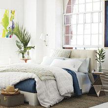 Фотография: Спальня в стиле Кантри, Эклектика, Декор интерьера, Интерьер комнат, Текстиль – фото на InMyRoom.ru