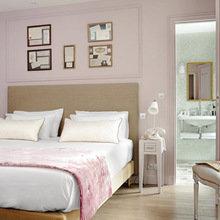 Фотография: Спальня в стиле Кантри, Франция, Дома и квартиры, Городские места, Париж – фото на InMyRoom.ru