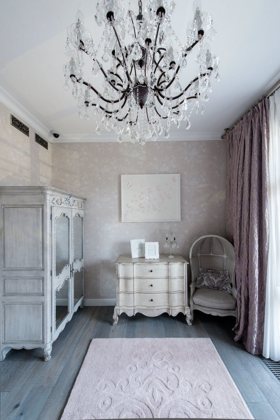 Фотография: Спальня в стиле Классический, Квартира, Проект недели, Москва, Виктория Киорсак, 4 и больше, Более 90 метров – фото на InMyRoom.ru
