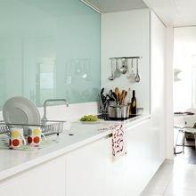 Фотография: Кухня и столовая в стиле Современный, Минимализм, Декор интерьера – фото на InMyRoom.ru