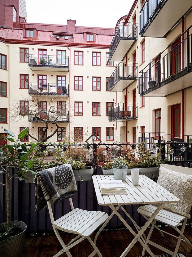 Фотография: Балкон в стиле Скандинавский, Декор интерьера, Квартира, Швеция, Гетеборг, 2 комнаты – фото на INMYROOM