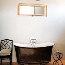 Фотография: Ванная в стиле Кантри, Декор интерьера, Дом, Франция, Дома и квартиры – фото на InMyRoom.ru
