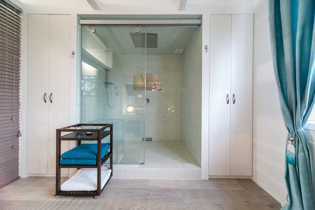 Фотография: Ванная в стиле Современный, Интерьер комнат, Дача, Дачный ответ, Мансарда – фото на InMyRoom.ru