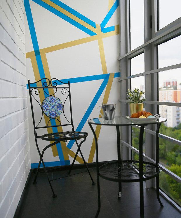 Фотография: Балкон в стиле Скандинавский, Эклектика, Кухня и столовая, Ванная, Прихожая, Спальня, Проект недели, Желтый, Синий, Голубой, 1 комната, до 40 метров, ПРЕМИЯ INMYROOM – фото на INMYROOM