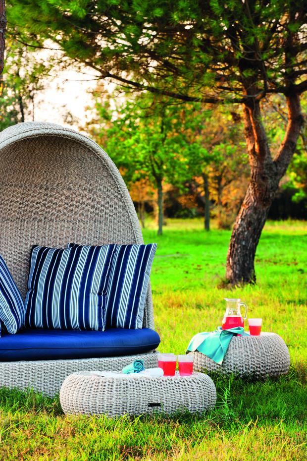 Фотография: Ландшафт в стиле , Декор интерьера, Мебель и свет, Дача, Кресло, Для дачи и сада – фото на InMyRoom.ru
