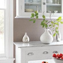 Фотография: Кухня и столовая в стиле Скандинавский, Декор интерьера, Декор дома, Обои – фото на InMyRoom.ru