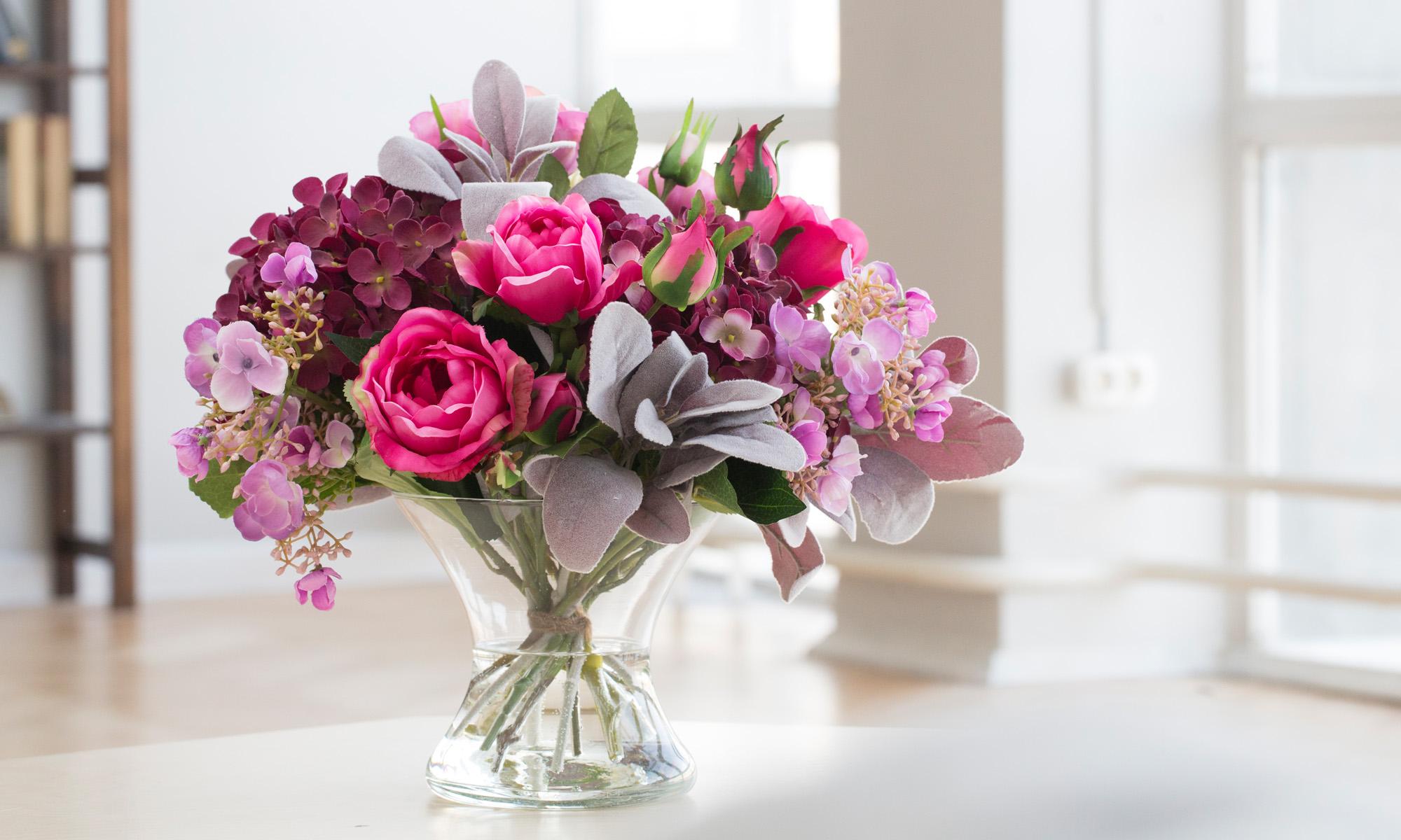 Купить Композиция из искусственных цветов - гортензия цвета бургундия, розы, статица, inmyroom, Россия