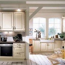 Фотография: Кухня и столовая в стиле Кантри, Интерьер комнат, Встраиваемая техника – фото на InMyRoom.ru