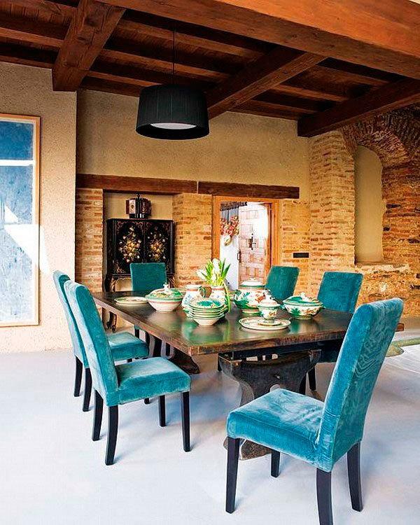 Фотография: Кухня и столовая в стиле Прованс и Кантри, Лофт, Декор интерьера, Дизайн интерьера, Цвет в интерьере, Белый, Серый, Бирюзовый – фото на InMyRoom.ru