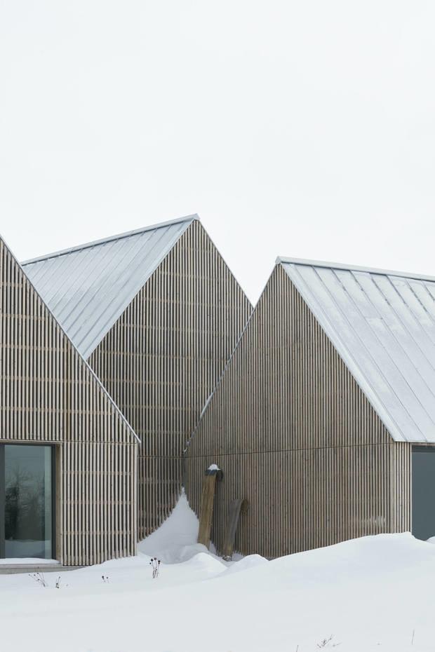 Фотография: Архитектура в стиле , Современный, Дом, Белый, Минимализм, Серый, Дом и дача, Более 90 метров – фото на INMYROOM