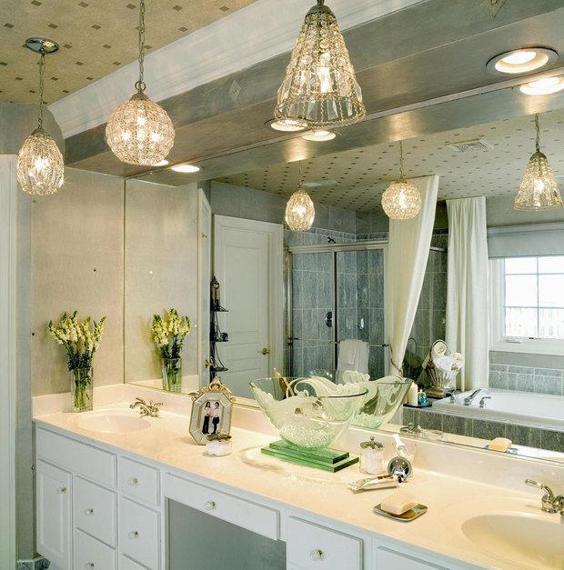 Фотография: Ванная в стиле Классический, Эклектика, Интерьер комнат, Мебель и свет, Советы – фото на InMyRoom.ru