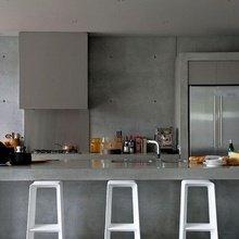 Фотография: Кухня и столовая в стиле Лофт, Минимализм, Декор интерьера, Мебель и свет – фото на InMyRoom.ru