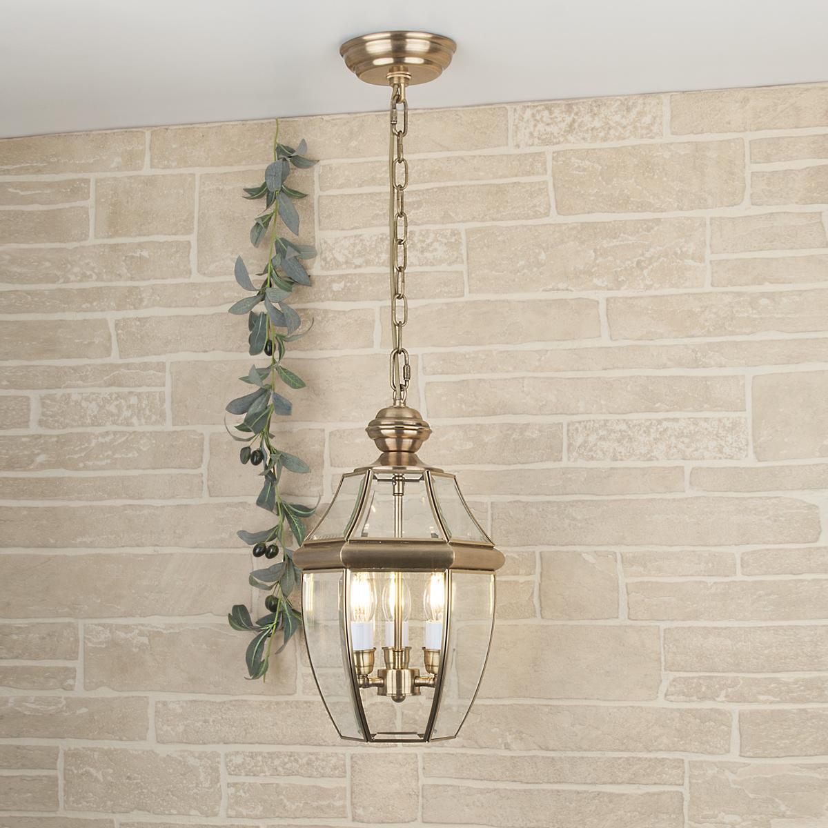 Купить со скидкой Уличный подвесной светильник Elektrostandard Chatel из металла и стекла