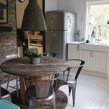 Фотография: Кухня и столовая в стиле Лофт, Дом, Интерьер комнат – фото на InMyRoom.ru