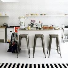 Фотография: Кухня и столовая в стиле Кантри, Скандинавский, Декор интерьера, Мебель и свет – фото на InMyRoom.ru