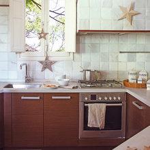 Фотография: Кухня и столовая в стиле Кантри, Эклектика, Декор интерьера, Квартира, Дом, Праздник, Дома и квартиры – фото на InMyRoom.ru